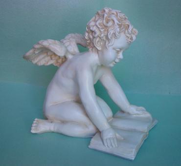 Engel mit Buch
