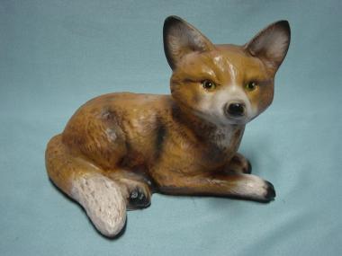 Fuchs, liegend